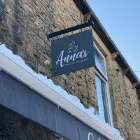Anna's Signage
